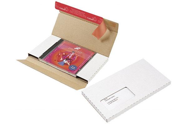 Kartons und Schachteln zum Wickeln