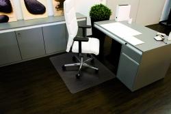 Rollt & Schützt® Bodenschutzmatte für glatte/ harte Böden - Form 0, 90 x 120 cm