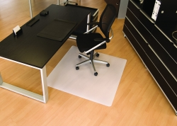 BSM Bodenschutzmatte milchig für glatte/harte Böden - Form 0, 120 x 130 cm