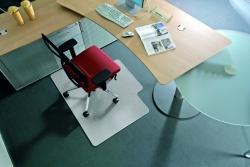 BSM Bodenschutzmatte milchig für Teppichböden - Form L, 120 x 150 cm